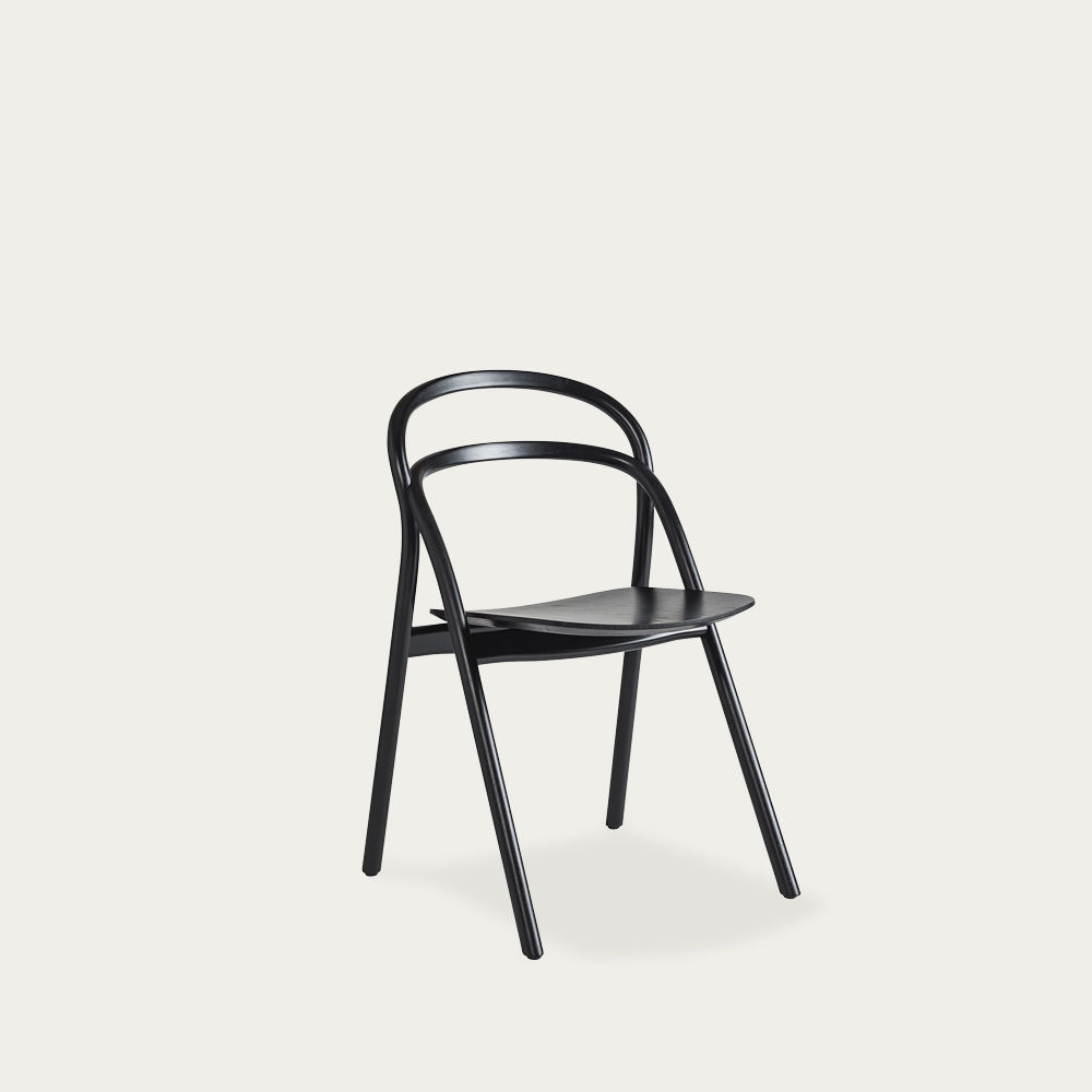 Black Udon Chair by Staffan Holm   Bombinate