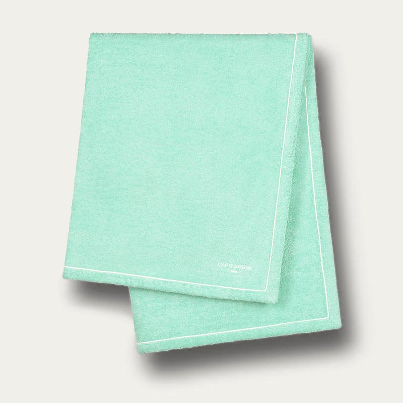 Aqua Classique Beach Towels | Bombinate