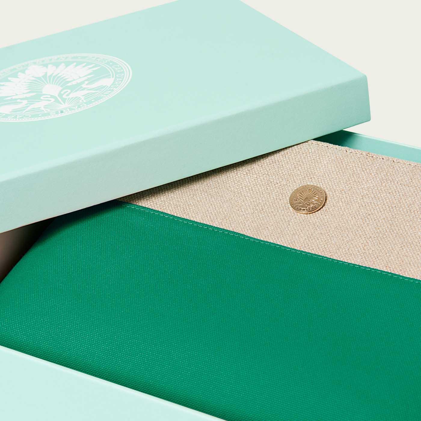 Green Case | Bombinate