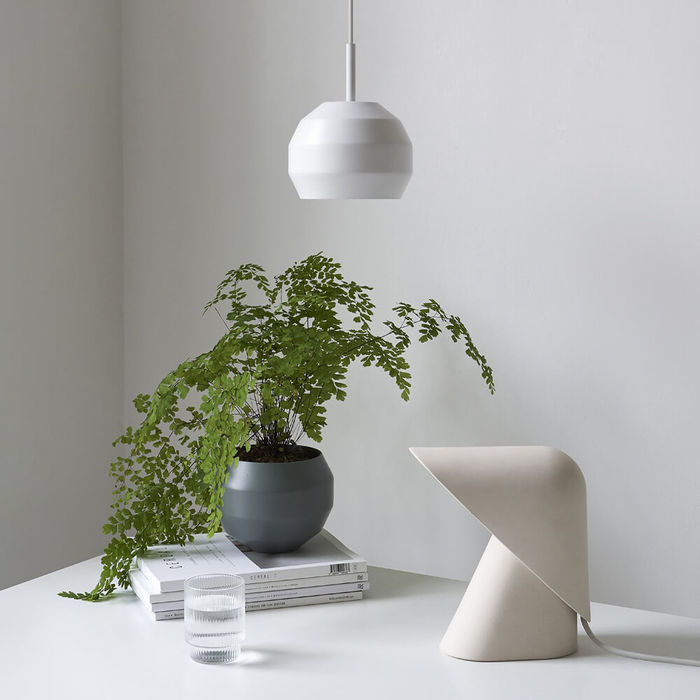 White K lamp Dimmable | Bombinate