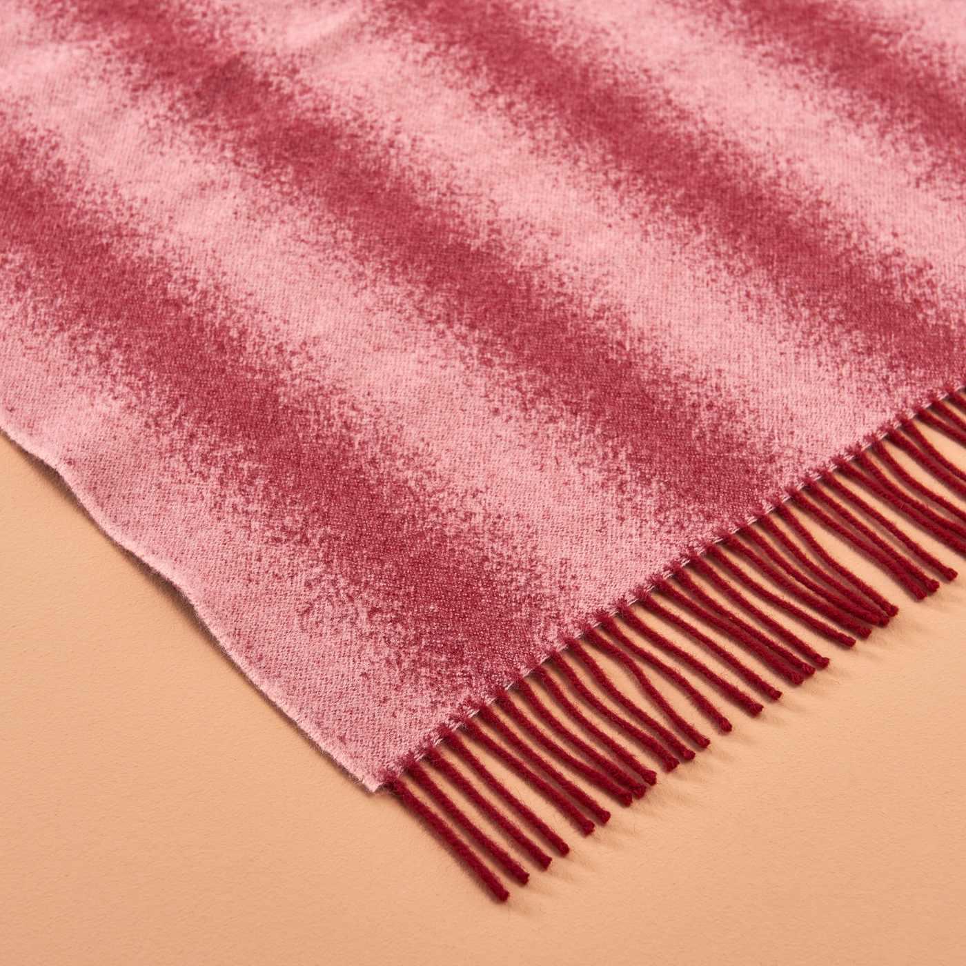 Burgundy and Blush Tide Blanket | Bombinate