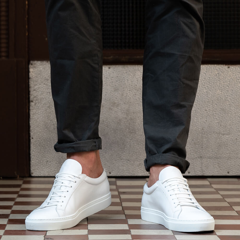 Weiße Herren Sneaker Jeans