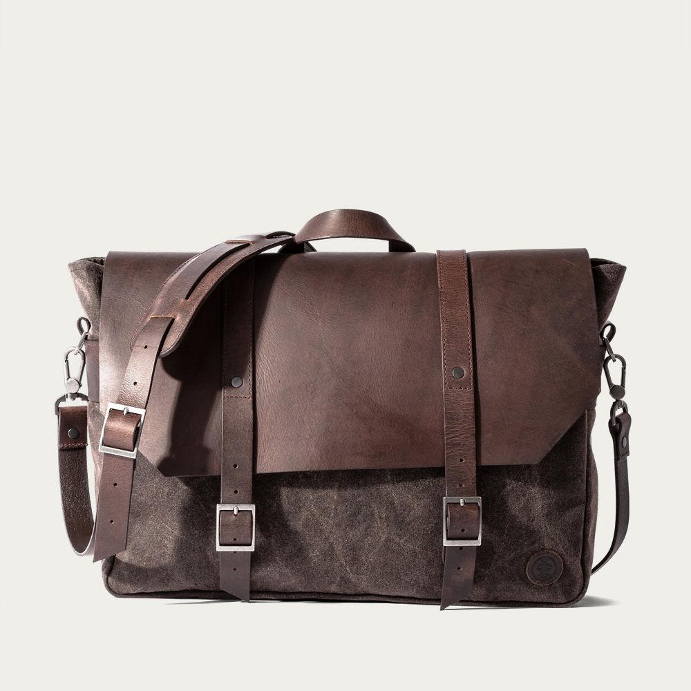 Brown Wax Portland Messenger Bag | Bombinate