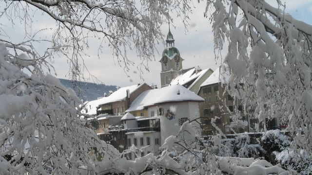 Winterlicher Stadtturm