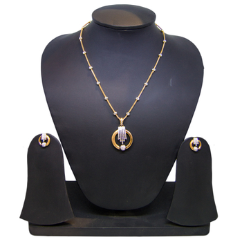 Anjalee Jewellers 18K Gold Pendant + Earring Set 18PST74