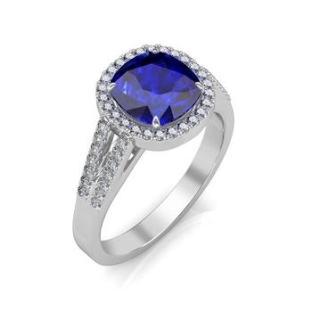 Sarvada Jewels' The Victoria Royal Ring