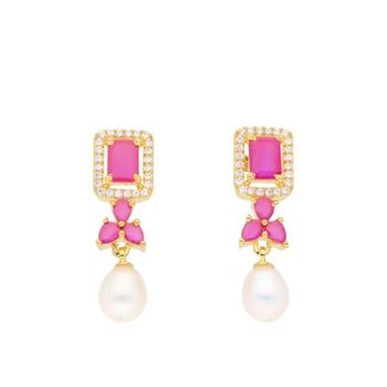 Siddhi Pearl Earrings