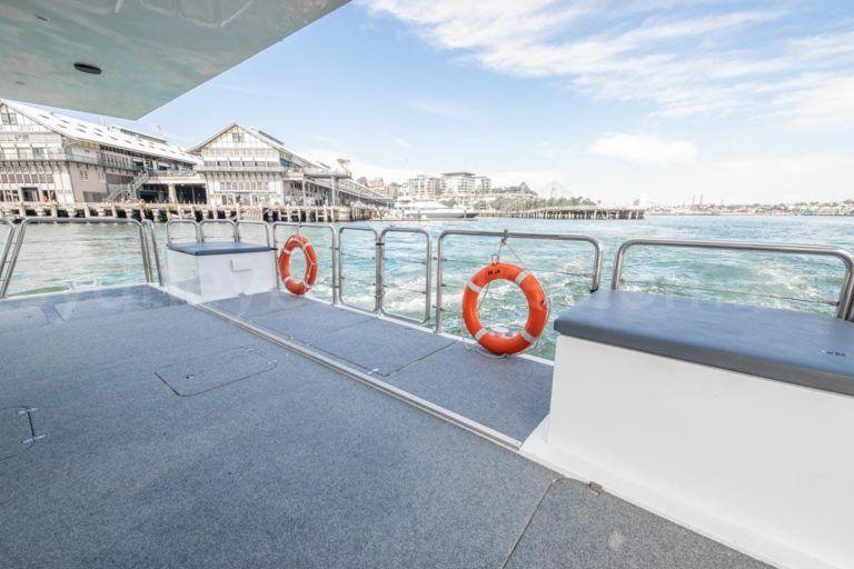 Sydney boat hire on karisma 18
