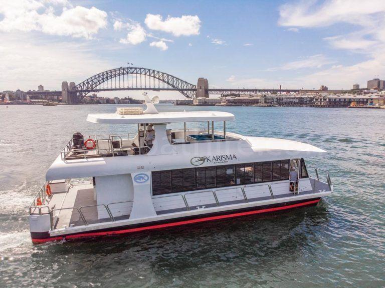 Sydney boat hire on karisma 2