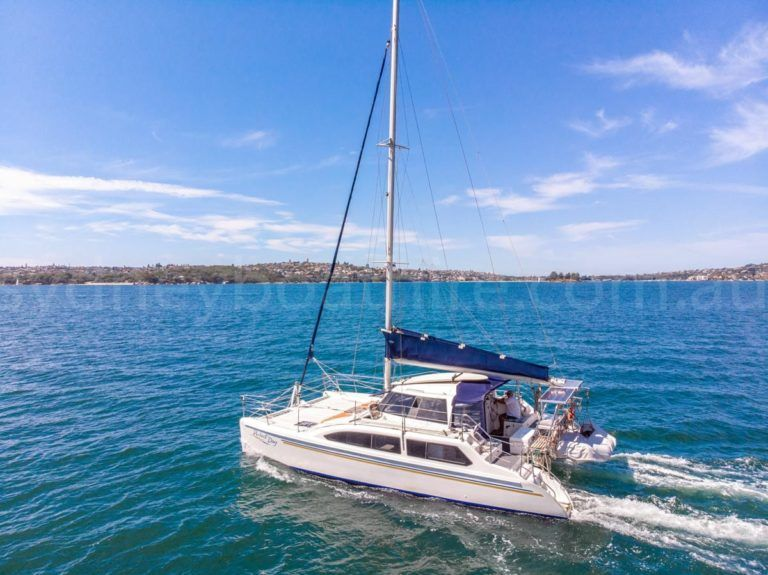 Sydney boat hire on perfect day 9