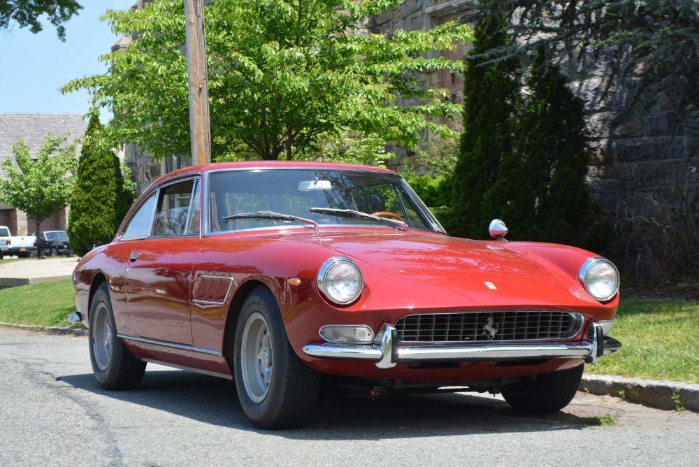 1967 Ferrari 330GT
