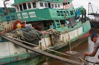 Turning the Tide: Learning from Responses to Large-Scale Illegal Fishing