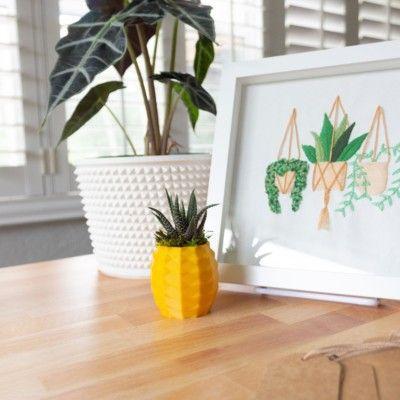 Small Pineapple Succulent Pot, Pineapple Planter for Haworthia, Pineapple Succulent Planter, Cute Pineapple Pot, Succulent Pineapple