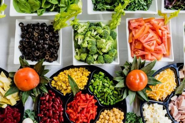 Feds should take steps to create national food program for schools