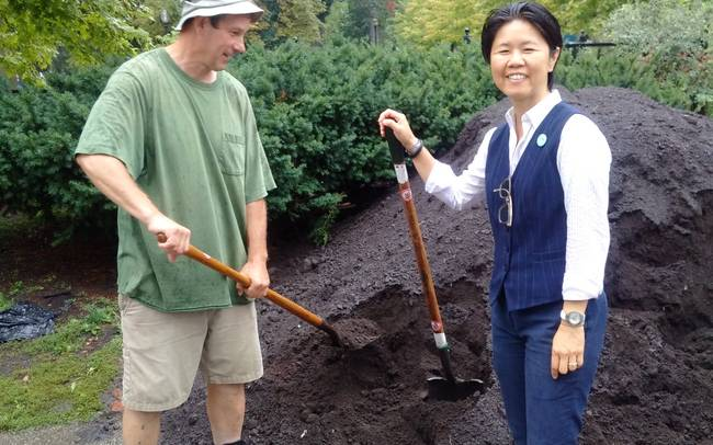 Applications are now being accepted for City of Toronto's waste reduction community grants
