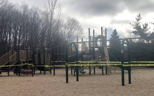 Toronto mayor says ticketing blitz to enforce closure of parks facilities could begin today