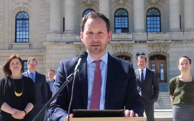 Meili to call on Moe to reopen the Legislature, in front of the  Legislature