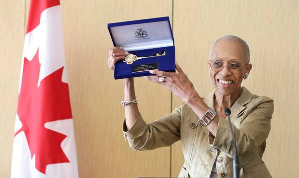 Toronto trailblazer Zanana Akande given Key to the City