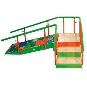 Escalera infantil con rampa: Tres escalones con pasamanos regulables