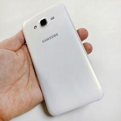 "Samsung Galaxy J7 SM-J700F Dual SIM Unlocked Mobile Phone 1.5GB RAM 16GB ROM 5.5"" Octa Core 13.0MP 4G LTE Android Smartphone"