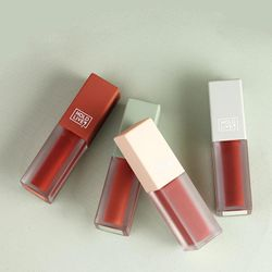 1pcs Lip Glaze 4 Colors Velvet Matte Lipstick Sexy Long-lasting Lasting Lipgloss Rouge Makeup Long Lip Moisturizing P0T6
