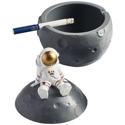Personalized Anti-fly Ash Trend Ashtray with Lid Creative Astronaut Net Red Cute Girl Ashtray