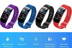 Red: Smart Bracelet Multifunctional Bluetooth Bracelet Waterproof Smart Fitness Tracker Bands Health Monitoring Bracelet