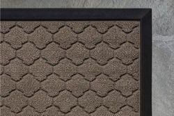 (70cm x 43cm , Beige: Quatrefoil) - Gorilla Grip The Original Durable All-Natural Rubber Door Mat, Indoor Outdoor, 2 Sizes and 8 Colours, Large 70cm x 43cm , Waterproof, Low-Profile, Easy-To-Clean (Beige: Quatrefoil)
