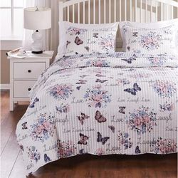 Barefoot Bungalow Garden Joy Quilt and Pillow Sham Set by Greenland Home Fashions in White (Size FULL/QUEEN)