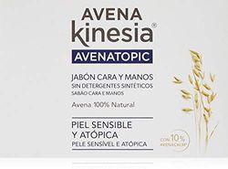 Kinesia door Kinesia door Kinesia
