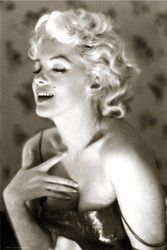Empire 93127 'Marilyn Monroe Glow' filmposter 61 x 91,5 cm