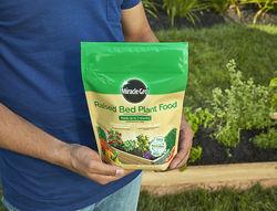 Miracle-Gro Raised Bed Plant Food 2 lb. - Black