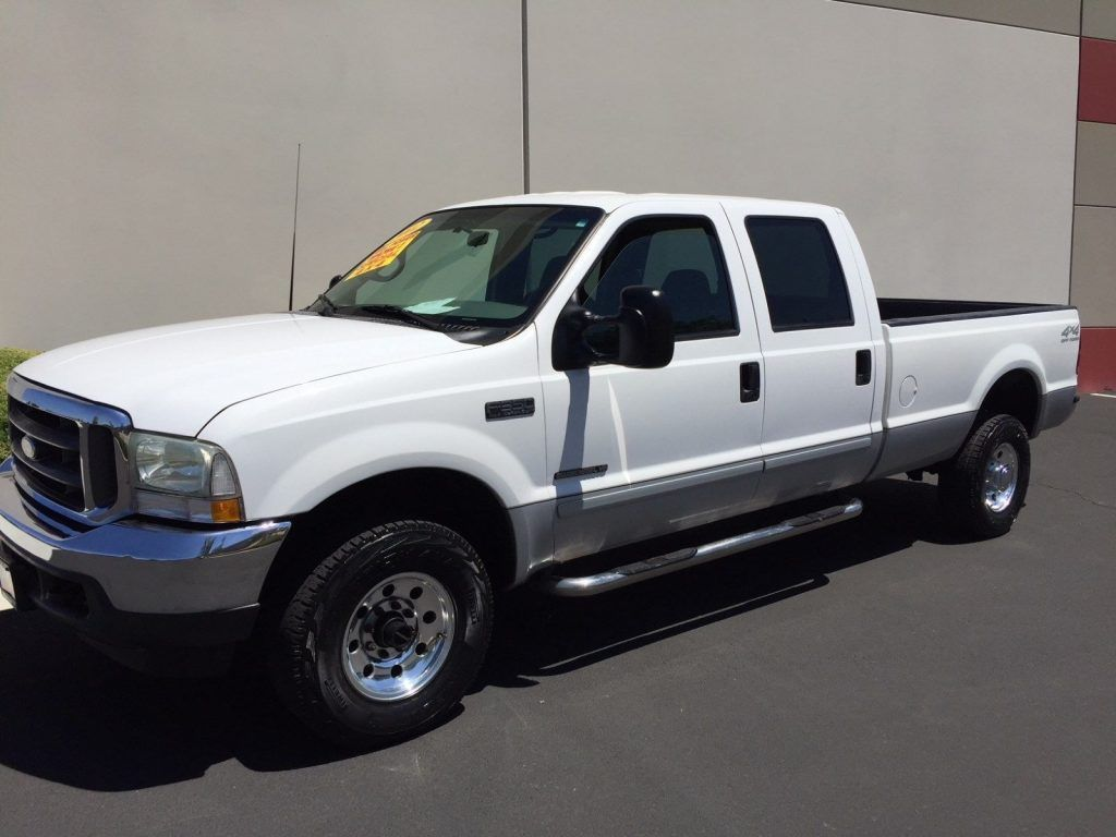 VERY NICE 2002 Ford F-350 LARIAT