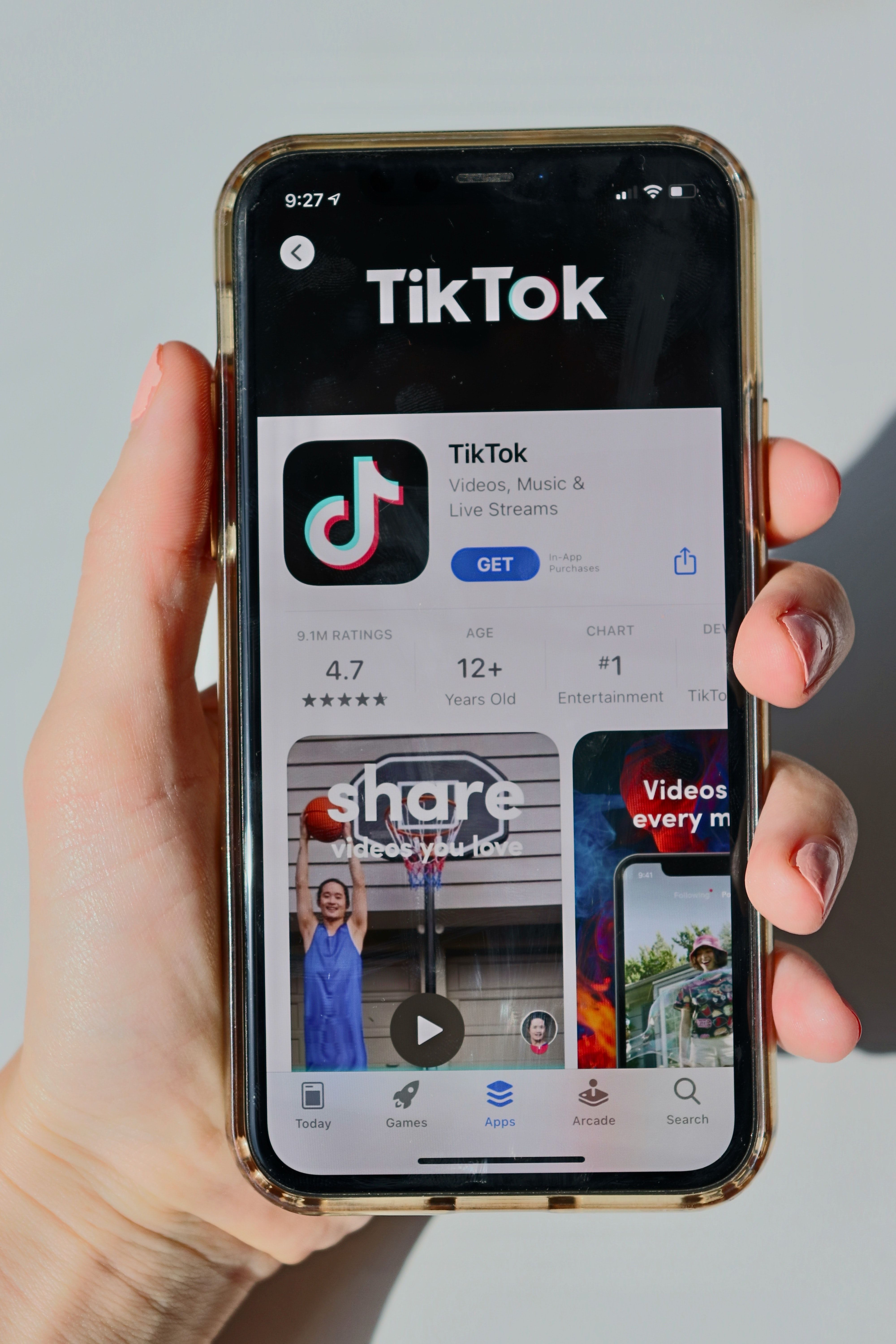 Keep up with Tik Tok trends and go viral