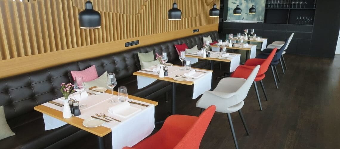 Slider Swiss First Class Restaurant