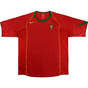 2004-06 Portugal Home Shirt (Excellent) L