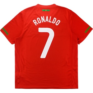 2010-11 Portugal Home Shirt Ronaldo #7 (Very Good) M
