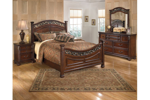 Signature Design by Ashley Leahlyn 6-Piece Queen Set Room View