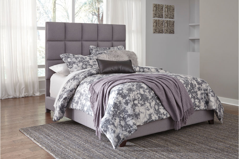 Signature Design by Ashley Dolante Queen Square-Tufted Upholstered Bed - Gray - Sample Room View