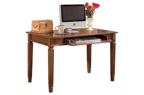 Signature Design by Ashley Hamlyn Home Office Desk