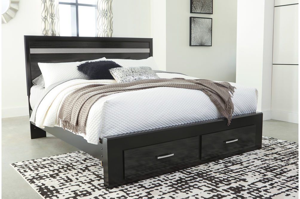 Signature Design by Ashley Starberry Platform Queen Bed- Room View