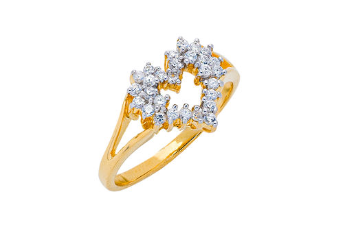 Womens 10K Gold 1/4 CT.T.W. Diamond Heart-Shaped Fashion Ring- Alternate Image