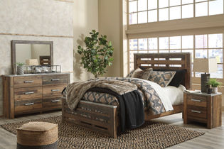 "Benchcraft ""Chadbrook""  6-Piece King Bedroom Set"