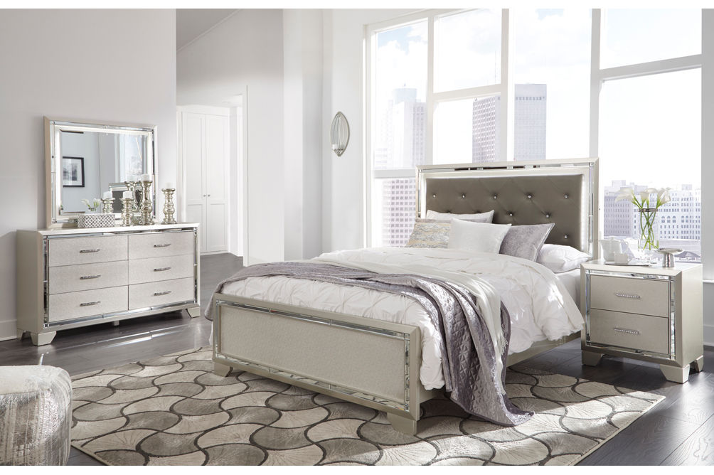 Signature Design by Ashley Lonnix 6-Piece Queen Bedroom Set - Room View