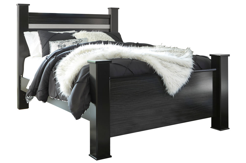 Signature Design by Ashley Starberry Queen Poster Bed