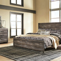 Signature Design by Ashley Wynnlow 8-Piece King Bedroom Set Bundle- Room View