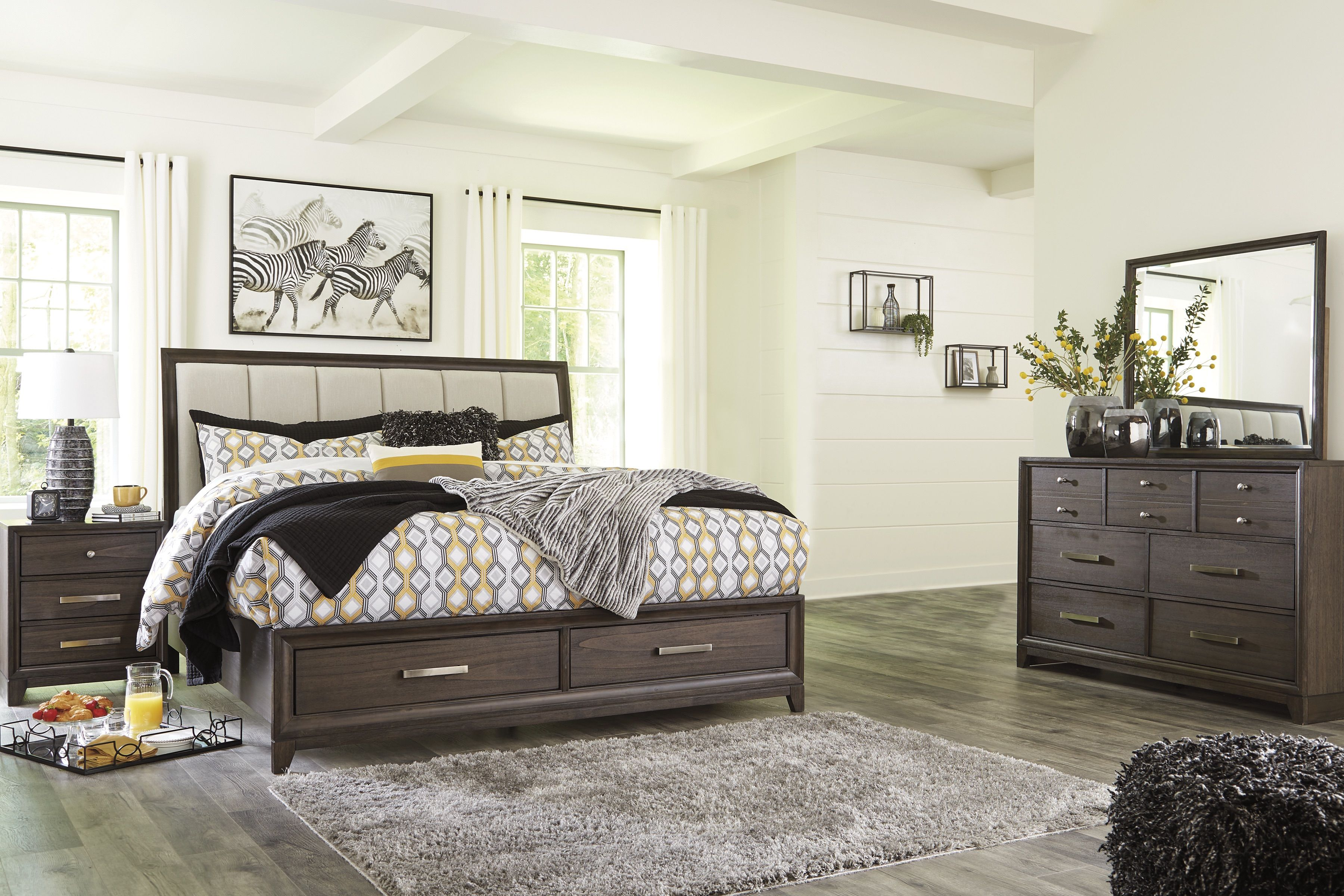 Signature Design By Ashley Brueban 7 Piece Queen Bedroom Set Bundle Same Day Delivery At Rent A Center