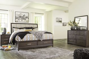 Signature Design by Ashley Brueban 7-Piece Queen Bedroom Set Bundle