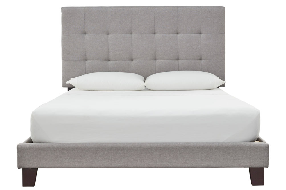 Signature Design by Ashley Dolante Queen Bed with Mattress
