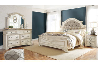 Signature Design by Ashley Realyn 6-Piece King Bedroom Set - Room View
